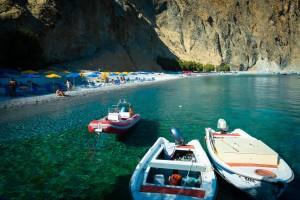 Glika Nera: un paradiso color acquamarina